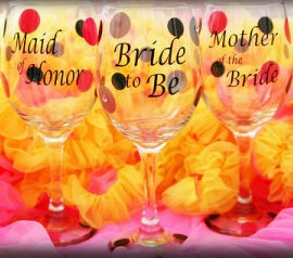 Personalized Wine Glasses at AdvantageBridal.com