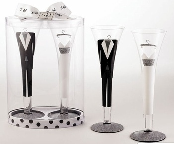 Bride and Groom Champagne Flutes, Toasting Flutes