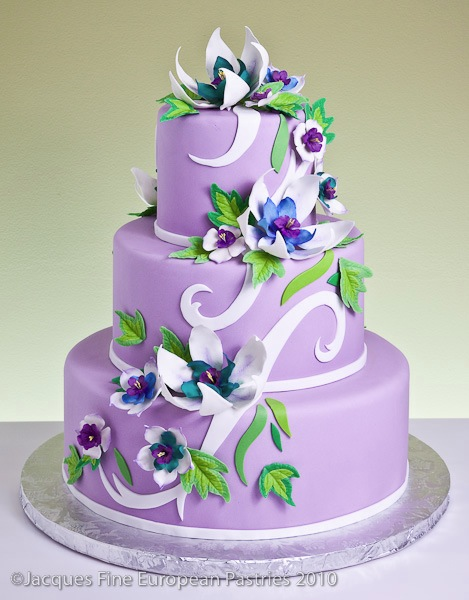 This has launched the ideas and possibilties for wedding cakes into a new