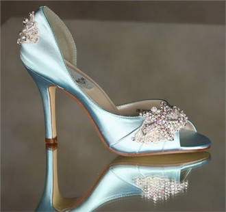 Http Www Advantagebridal Arbie Goodfellow Couture Wedding Shoes Mermaid Bridal Html