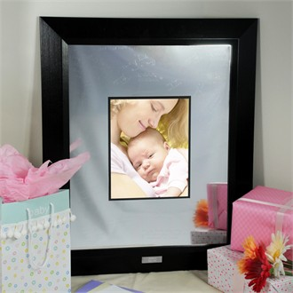 Engraved Baby Picture Frames on Baby S Signature Frame With Engraved Photo Mat   Baby Gifts