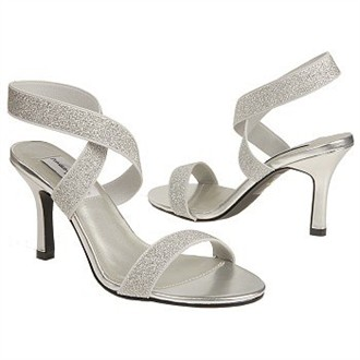 Best Bet by Dyeables Silver Evening Shoes Size 9B