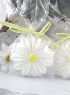 Daisy Wedding Favors  - Guest Soap