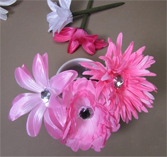Silk Flower Pens - Great Wedding Favors or Bridal Shower Favors