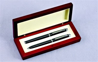 Wooden Gift Box Pen Set