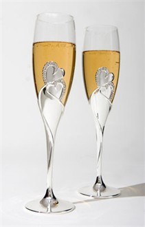 Amantes Toasting Flutes - Crystal Heart Flutes