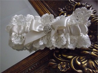 House of Elliot Custom Ivory Bridal Garter