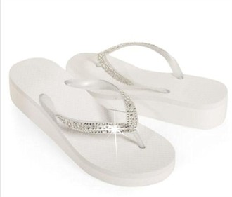 Rhinestone Flip Flops in White - Ladies Size 11-12